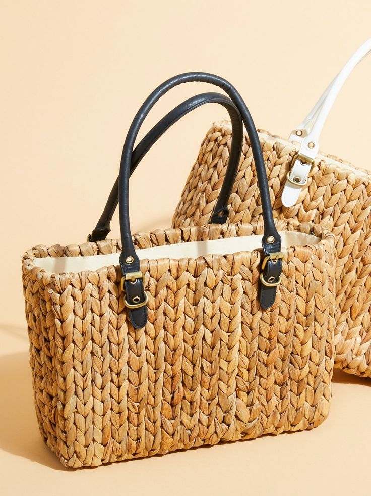 St. Barts Straw Tote   The perfect sized straw tote bag featuring faux leather top handles.    * Zip top closure   * Lined interior with zip and slip pockets