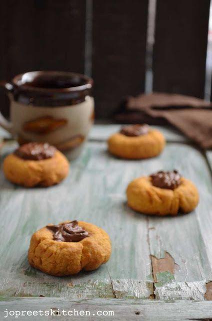 Mango Nutella Thumbprint Cookies - Eggless Cookies