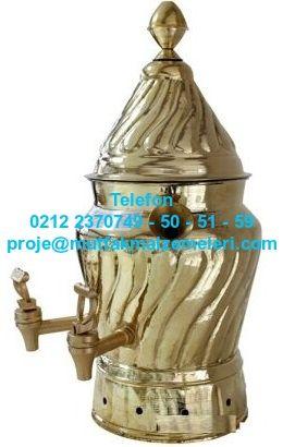 Elektrikli Süt Sahlep Kazanı:APSSE08 Süt sahlep kazanları süt sahlep ısıtıcıları bölümündeki bu toplam 15 litrelik süt sahlep kazanı sağlam ve kaliteli bir süt sahlep kazanı olup aynı zamanda dekoratif görünümlü bir bakır süt sahlep kazanı modelidir. Bu süt sahlep kazanı haricinde pirinç süt sahlep kazanı pirinç süt semaveri modelleri de vardır. Süt sahlep kazanı satışı telefonu 0212 2370749 Karıştırıcılı sahlep sıcak çikolata makinesi paslanmaz süt makineleri modelleri satış 0212 2370749