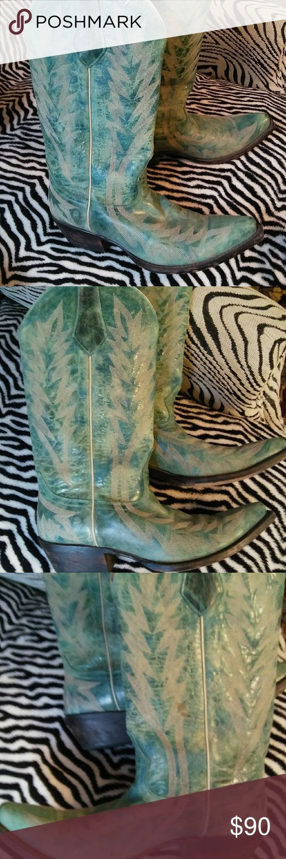 Johnny Ringo Boots!! Excellent condition. Beautiful color. Shoes