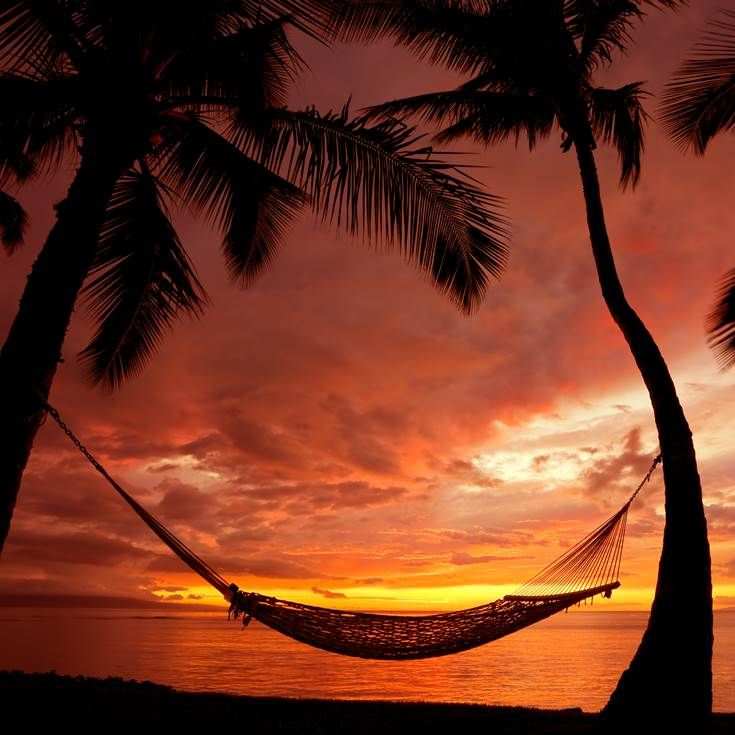 Perfect relaxing spot during the sunset in Hawaii