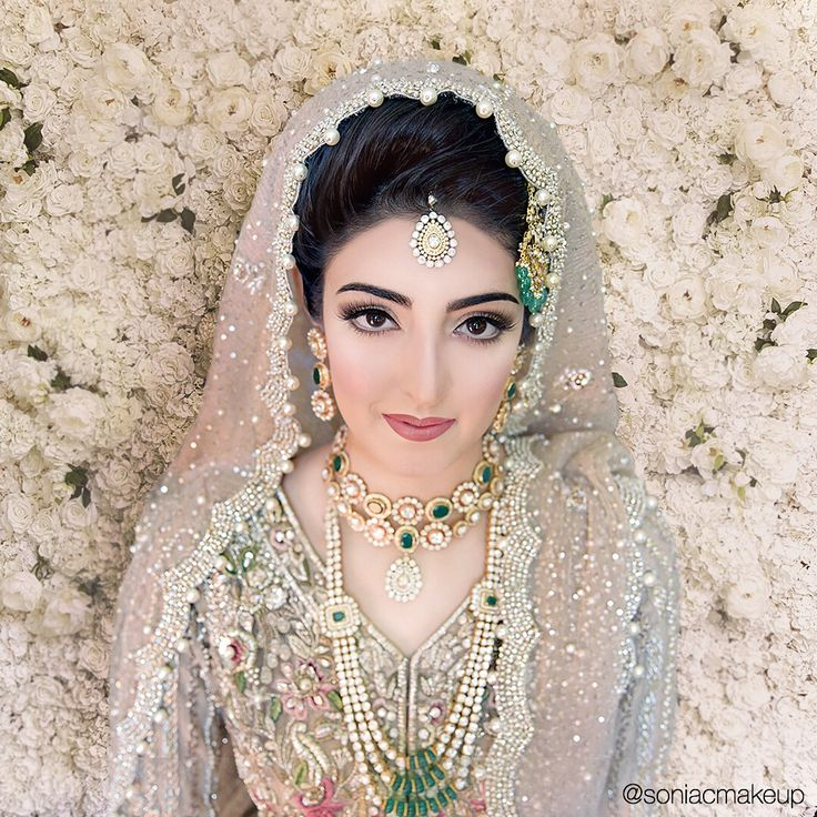 Pakistani bridal makeup, fusion bride, elan Pakistani bridal couture, elan bridal lengha