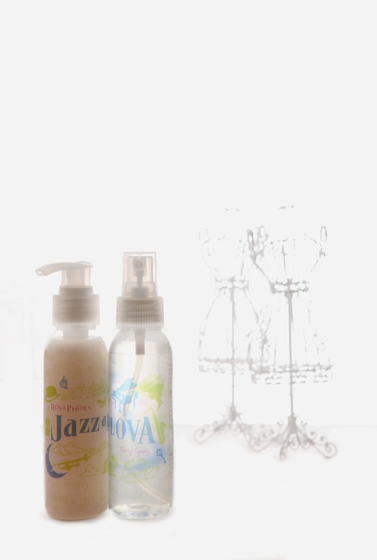 Shower Gel & Body Spray.  Jazzalova, smooth and purefy scent.  A blend of green tea and chocolate with a hint of fresh neroli like the smooth tunes with a crisp note to your soul. Get inspired by the wonderful harmony of Jazzalova.