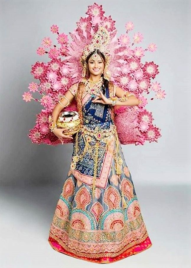 5 stunning costumes wore recently by Indians in Miss