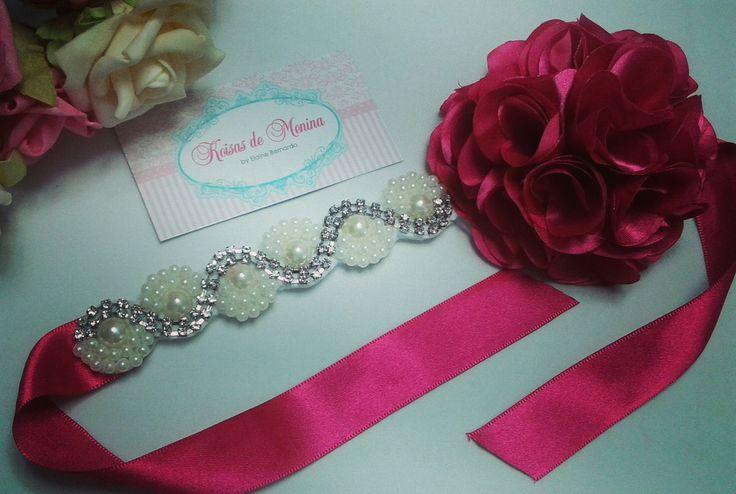 Arranjo para bailarinas ou damas de honra.   tamanho aproximado da flor 10 cm  disponibilidade de outras cores para flor.  consulte a cor desejada.
