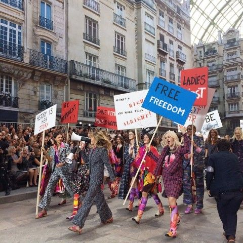 The 30 Best Instagrams from Chanel's Epic Spring Show – Vogue
