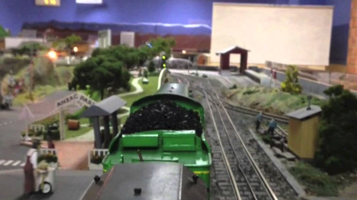 O Scale C38 - 3 8 0 1 at AMRA NSW....