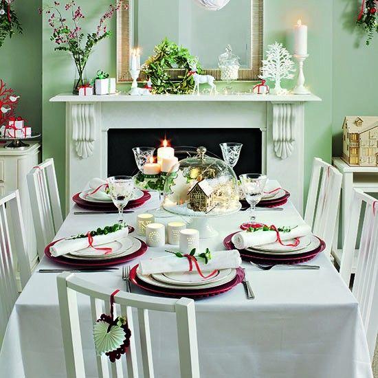 Risultati immagini per white christmas table