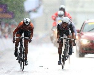 Marianne Vos sprints to Cycling Road Race win