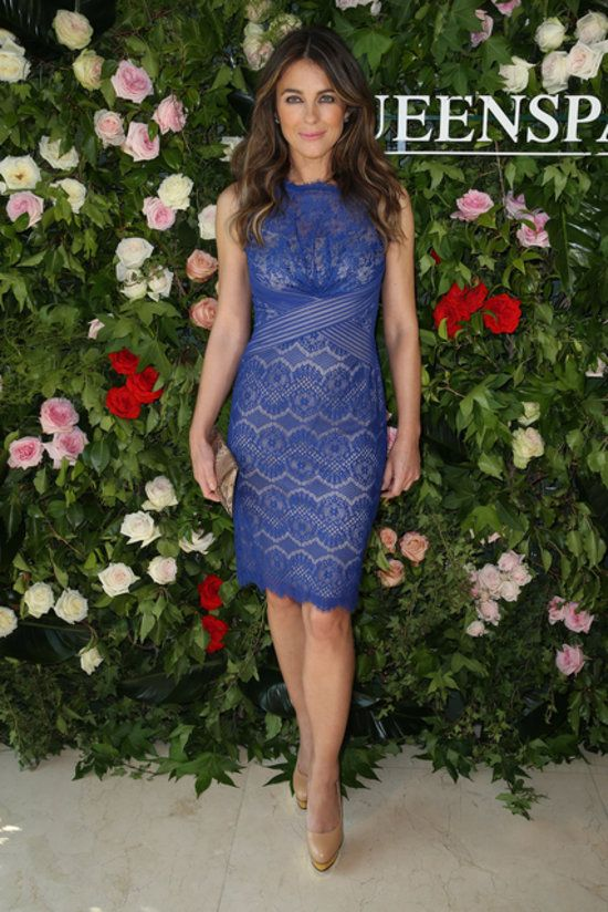 BLUE LACE DRESS - Liz hurley (wedding)