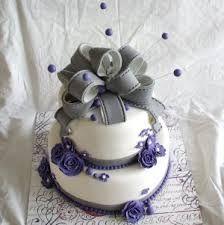 Afbeeldingsresultaat voor bruidstaart paars