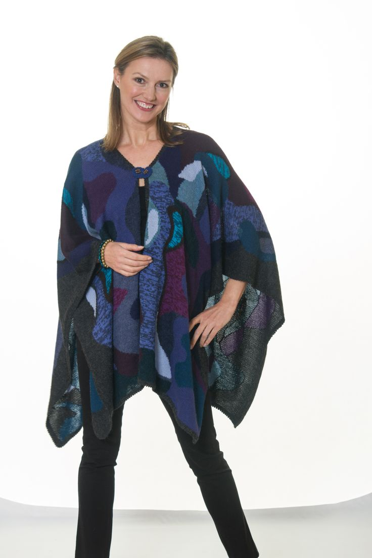 Capes #stratforduponavon #alpaca #alpaga #luxury #knitwear #gap