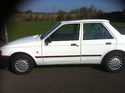 Ford Orion 1.6LX - http://classiccarsunder1000.com/archives/44718