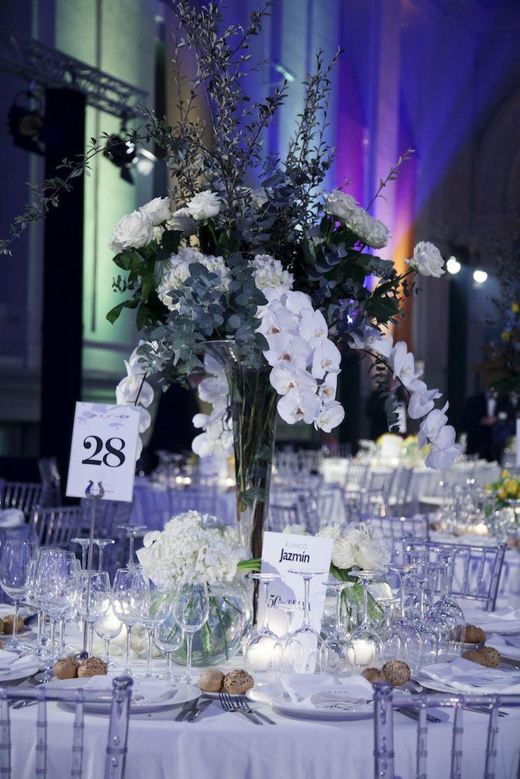 Premios de Moda Telva 2013 - Arreglo de flores en tonos blancos | Bourguignon Floristas