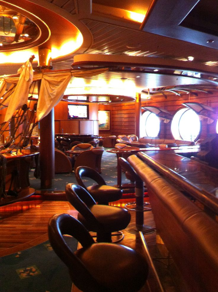 Royal Caribbean International - Adventure of the Seas, Schooner Bar