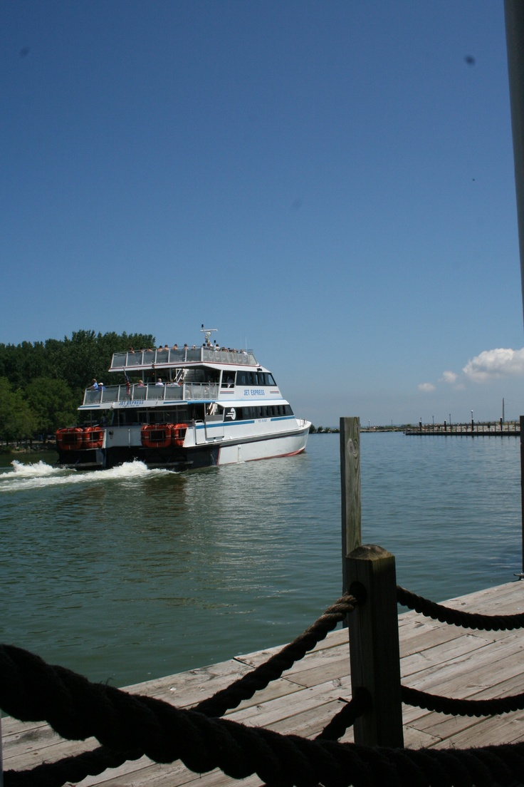 24 best images about ferries cruises on pinterest lake for Put in bay fishing charter