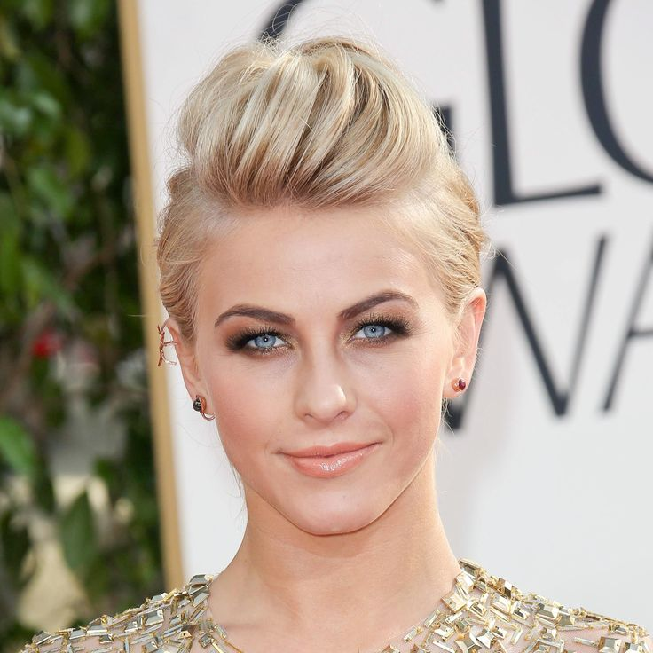 I love Julianne Hough. There's just a sweet and endearing quality about her that makes me feel like we're friends.
