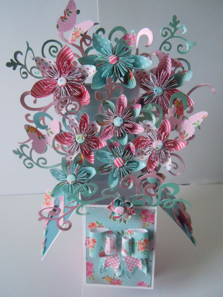 MADE USING THE POP UP BOXES COLLECTION FROM CRAFTWORK CARDS