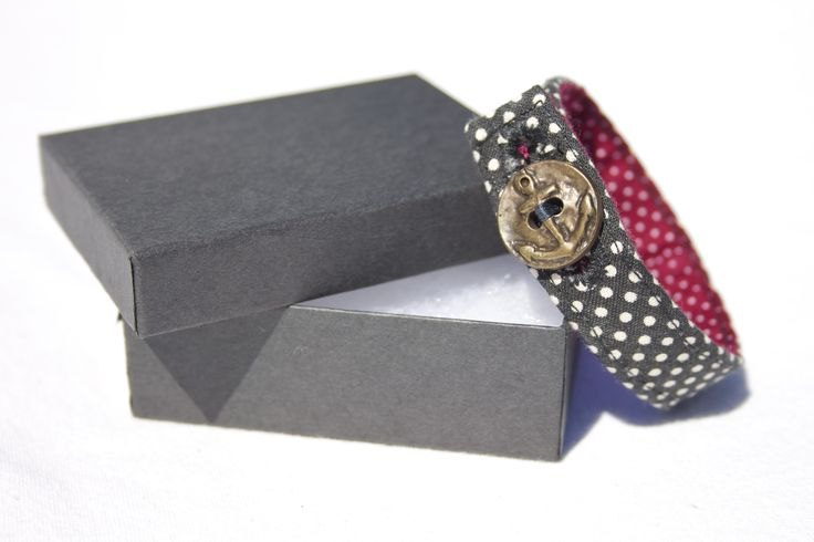 Material Anchor Bracelet - Black & Red Polka Dot