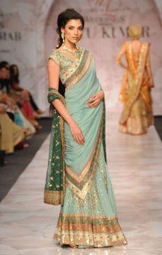 Ritu Kumar. DCW 09'. Indian Couture.