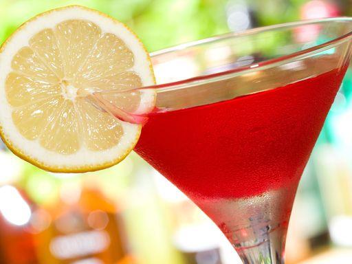 Cocktail cosmopolitan : Recette de Cocktail cosmopolitan - Marmiton