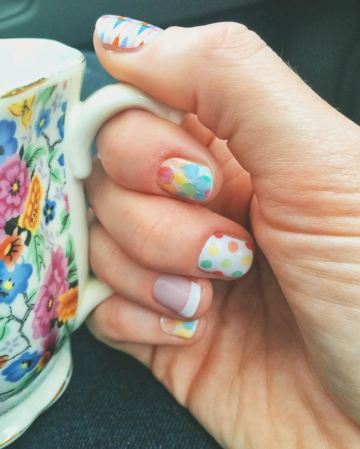 "32 Likes, 3 Comments - Freckled Fox Fashion (@freckledfoxfashion) on Instagram: ""We are headed to the circus tomorrow! So...obvi...circus nails."""