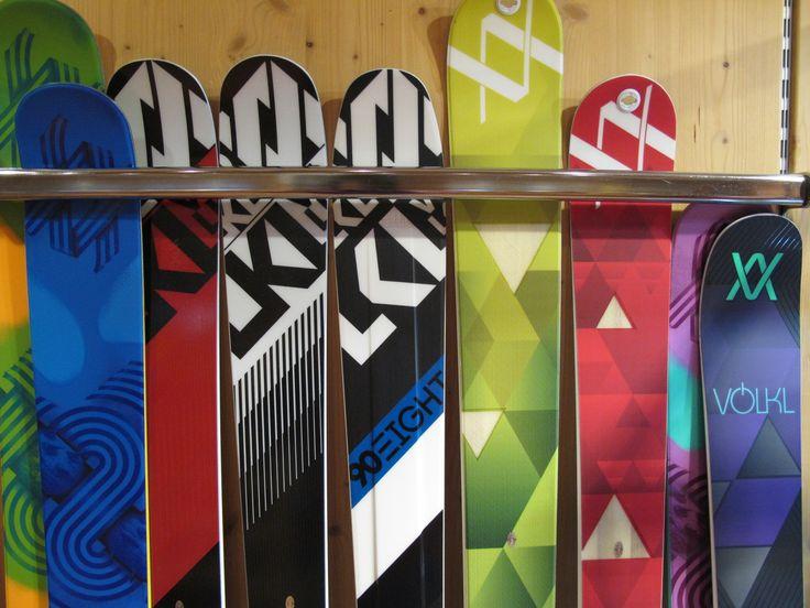 Pronti via, si scia! Non perdete l'occasione di sciare con il top a prezzi più soft! Scoprite le nostre offerte sui prodotti Dalbello Ski Boots VÖLKL Marker Bindings, ampia gamma e massima scelta di personalizzare i vostri pacchetti ski+attacco! Info promozioni via mail a: info@ladinsport.com  #saldi #promozioni #offerte #fw16 #followthebuyer #fashion #instafashion #instamood #instablogger #Moena #Dolomiti #Valdifassa #LSF #ladinsport