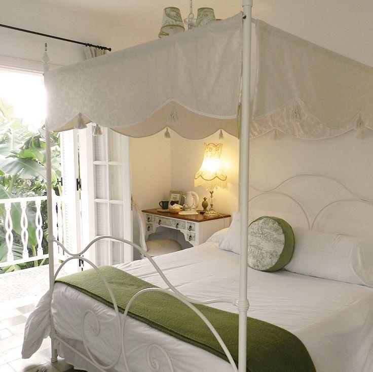 Habitación matrimonial súper luminosa. Villa Vicuña Salta