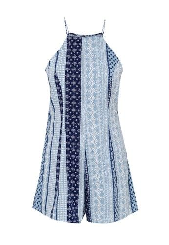 - Tribal playsuit- Warna light blue- Kerah halter- Unlined- Regular fit- Resleting belakang- Poliester- Tinggi model 169cm, mengenakan ukuran SUkuran pakaian normal, pilih sesuai ukuran Anda biasanya
