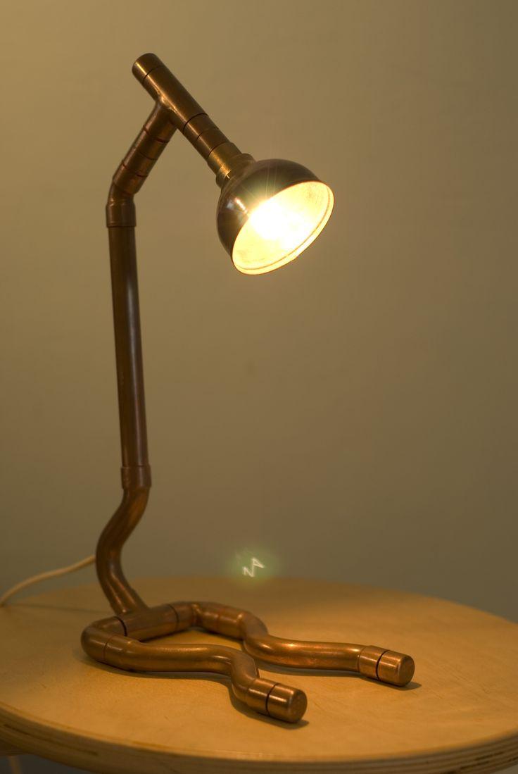 die besten 25 rohrleuchte ideen auf pinterest rohr beleuchtung industrierohr und steampunklampe. Black Bedroom Furniture Sets. Home Design Ideas