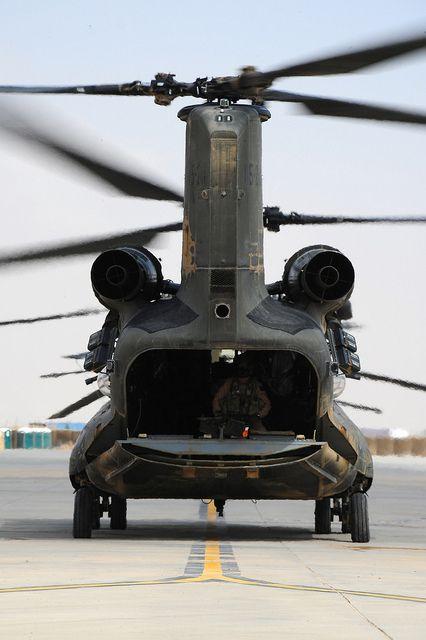 US Army | Boeing CH-47D Chinook.@Jorge Martinez Cavalcante (JORGENCA)