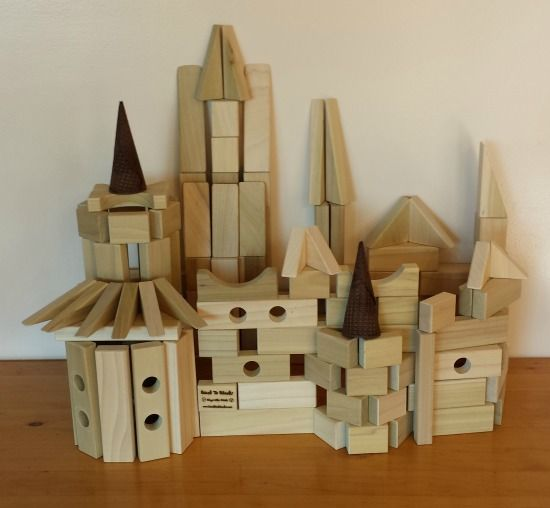 Build this fun version of Count Dracula's castle from wooden building blocks. A creative family Halloween activity using a simple set of wooden blocks. Find it at http://backtoblocks.com/blog/backtoblocks_blog_draculas_castle/