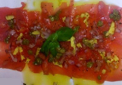 La Cuisine tahitienne la recette incontournable du carpaccio de thon
