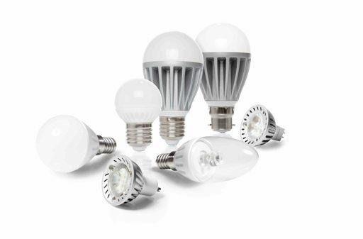 """Medielettra propone un'ampia gamma di lampade LED, sia per l'utente domestico che commerciale realizzando sempre sistemi di illuminazione ad hoc. Lampade a candela, bulbo, """"soffio di vento"""", in plastica, ceramica ed alluminio. Ed inoltre pannelli LED, faretti interni, fissi ed orientabili, proiettori per esterni, serie strip LED ed il kit di illuminazione a energia solare."""