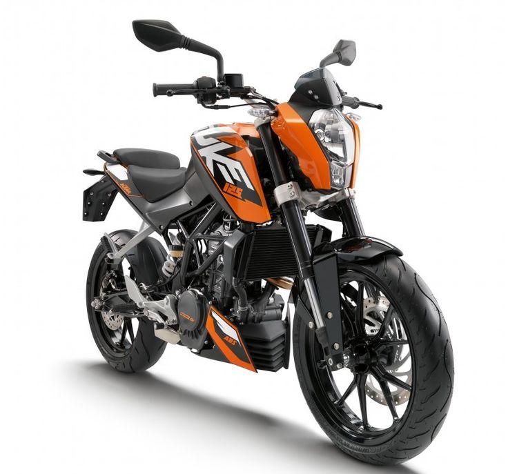 125 DUKE ORANGE 2016 – Collina Motori KTM Point. Rivenditore KTM abbigliamento moto e motocross.