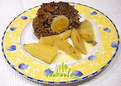 Ρολό κιμά γεμιστό με βραστά αυγά