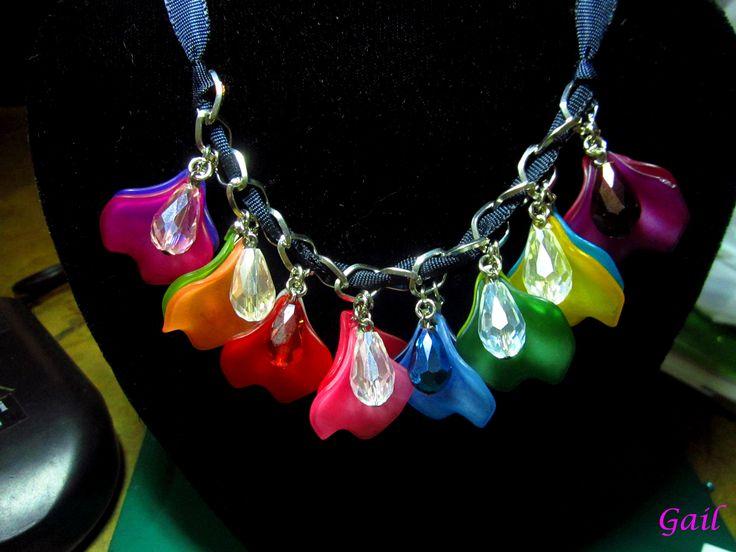strung petails #diy #necklace #bead #art