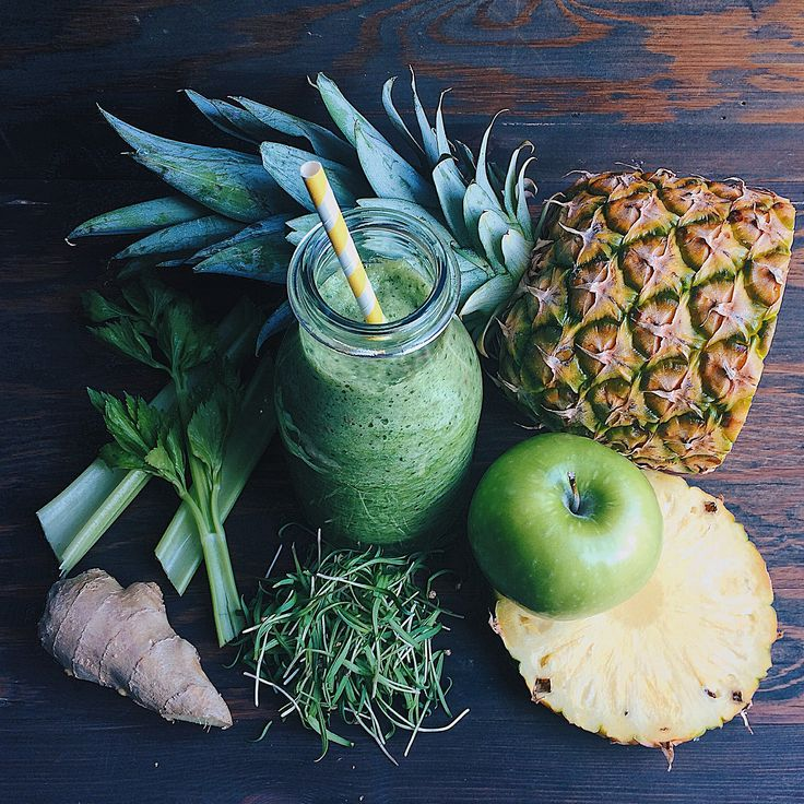 green smoothie:  celery, spinach microgreens, apple, pinapple, ginger