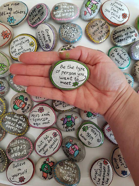 Mariage des faveurs, des pierres de Message, des rochers Affirmation, supply d'inspiration pierres, pierres de l'Affirmation, peint les rochers, peint des cailloux, cadeau personnel