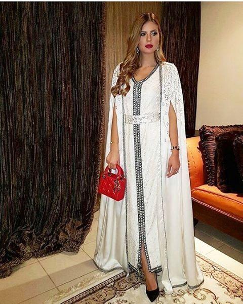 @Leenakaziz اللباس من  @lallaeman  Email : order.lallaeman@gmail.com Tel : +97377000900 +97339001002  #moroccancaftan  #moroccantradition  #moroccandress  #moroccanstylist  #lallaeman #moroccandresses  #moroccanbeauty #caftan  #maroc  #starsencaftan  #stars_en_caftan  #moroccandesign  #kuwait #dubai  #liban  #morocco #lebanon #fashion #قفطان  #تكشيطة #تقاليد  #المغربlee