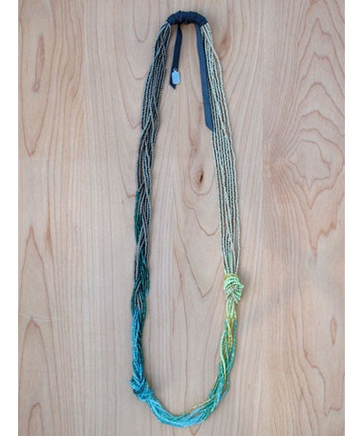 Surf Knot Beaded Necklace. I've really got to get some blue/turquoise accessories