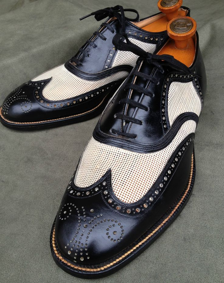 (NOS 1950's) John C Roberts - Wingtip Spectator. Classic two-tone black and cream colors #shoes #mens #fashion