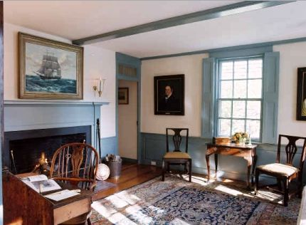 Beautiful Colonial Decorating