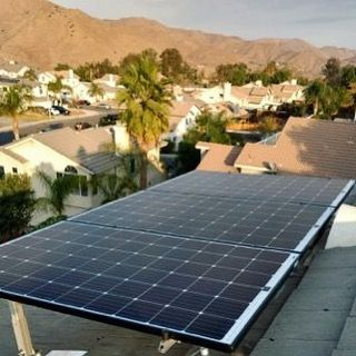 The Thomas family in San Diego is excited to save money this holiday season. Getting solar panels installed on their roof means over $300 in savings per month on their utility bills!  Click the link in our bio to see how we can help you save on your energy bills. : @energyremodelinginc #solar #energy #solarpanels #installation #savings #savemoney #eco #home #sustainable #lifestyle #sandiego #elcajon #california #socal #energyefficient #renewableenergy #greenliving #energyremodeling