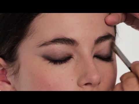 ▶ Mary Greenwell's Masterclass: Modern Forties Beauty - YouTube