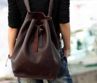 <3 this bag.. the only down side is its leather and probs not recycled :S