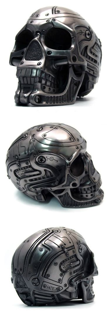 mechanical skull helmet