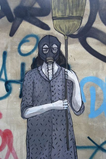 Gas Mask Street,  August, 2013 Hyuro New Street Piece In Valencia, Spain  #Hyuro #streetart #urbanart #graffitiart #wallmural #art