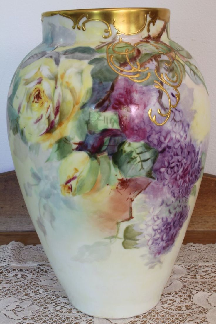 Lilacs Roses Large Vase Hand Painted Delinieres and Cie. Limoges Porcelain  I love still life! :-)