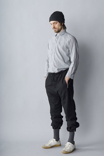 ONE NINE ZERO SIX Track Pants | http://www.danieljenkins.co.uk/menswear-library/one-nine-zero-six/one-nine-zero-six-flannel-track-pant-with-zipped-cuff-grey.html